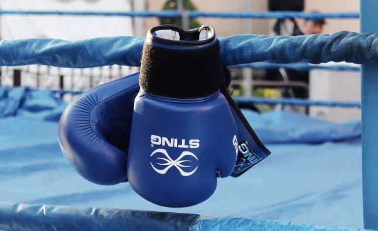 Boxe, Mike Tyson torna sul ring a novembre per sfidare Roy Jones Jr.